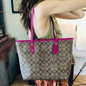 ♥️ Coach ♥️ Pink Leather Tote